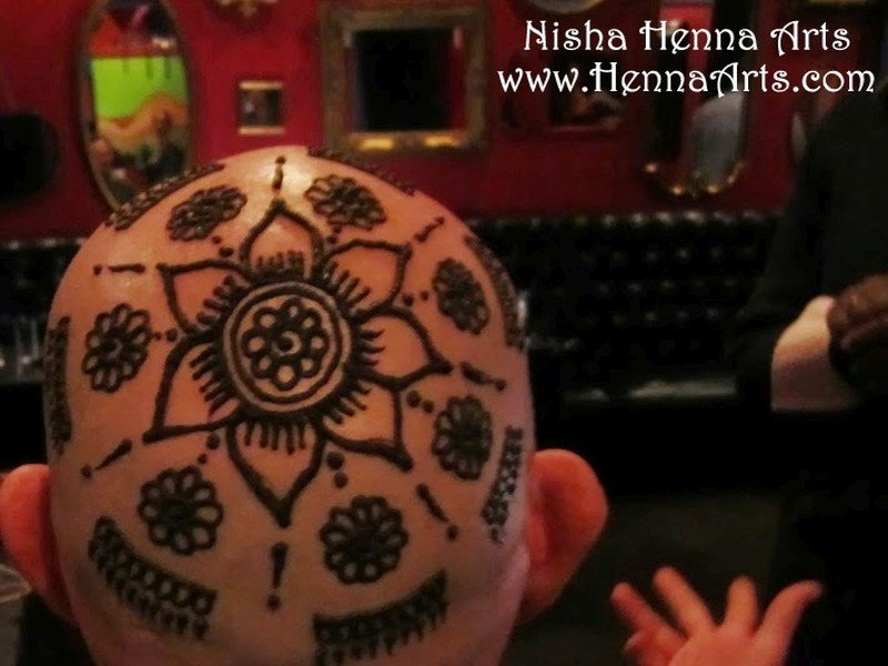 Henna on head after shave