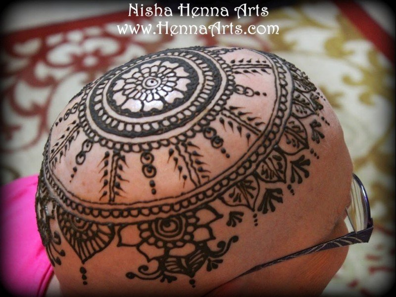 Henna crown elegant design
