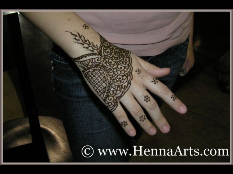 Mehndi Party List : Henna arts indian bollywood arabic or moroccan theme party