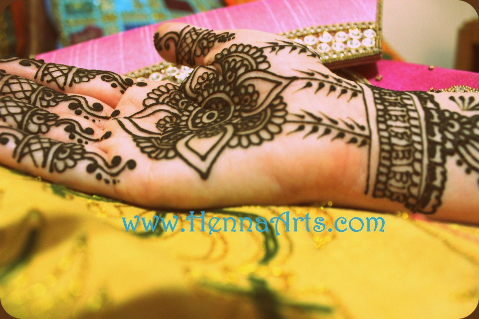 f572ffa19799e Henna tattoo questions and answers, facts about Henna Mehndi
