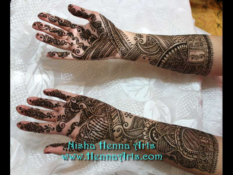 Traditional Indian Dulhan Mehndi Designs On Hand And Feet